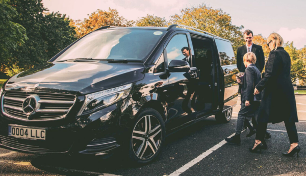 How to Hire V Class Car Service in London