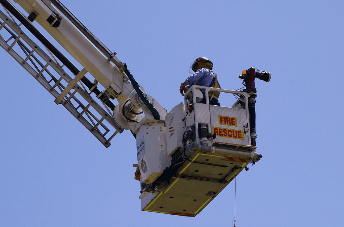 4 Questions You Should Ask When Choosing the Right Cherry Picker