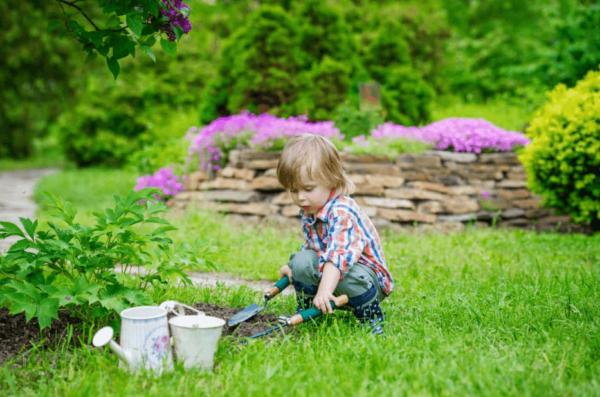 Creating a Child-Friendly Garden: 4 Top Tips